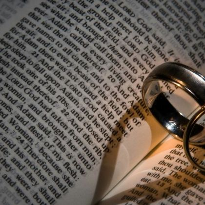 http://victorrockhillministries.com/vrm_messages/wp-content/uploads/2015/03/BibleWeddingRings-RUSTY.jpg