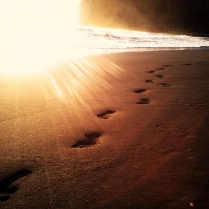 http://victorrockhillministries.com/vrm_messages/wp-content/uploads/2015/06/footprints-in-the-sand-e1434577256419.jpg